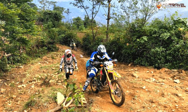 Sapa motorbike tour to thac ba lake 3