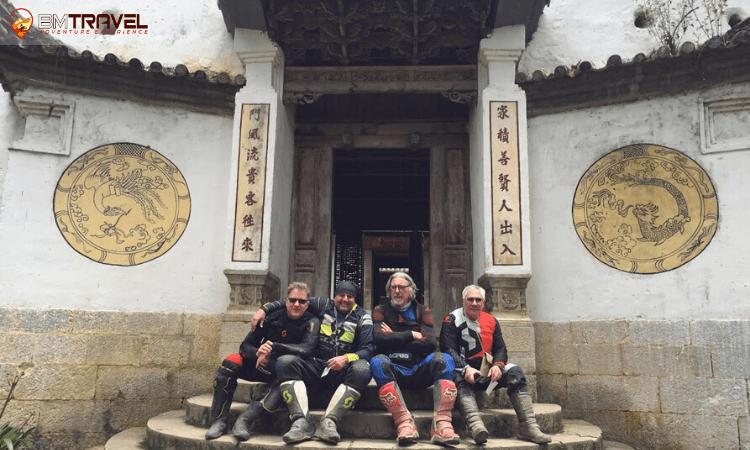 Vuong Palace