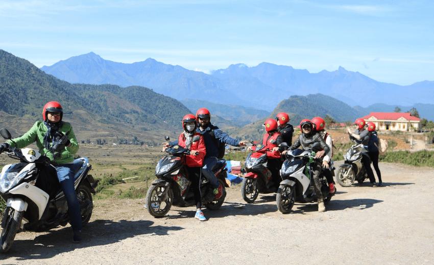 Ha Giang Pillion Tour To Ma Pi Leng Pass And Thac Ba 4