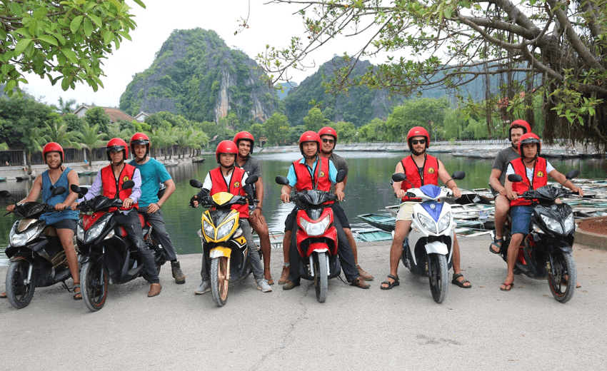 Ninh Binh Motorbike Tour 2 Days 1